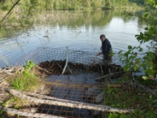 Cleaning of the beaver dam is not very effective. © Dana Bartošová, PLA Beskydy